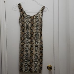Dresses & Skirts - Womans clothing